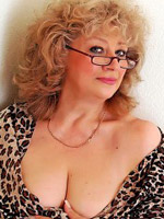 59 yo blonde tatiana willing to perform: cameltoe, dildo, fingering.