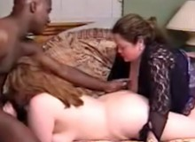 Two bbw housewifes in dirty threesome fucking with black dude.